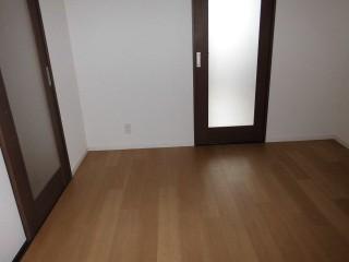 洋室前 床LAYフローリング上貼り